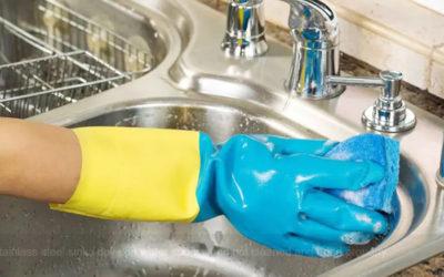 किचन की सिंक को साफ करने के 10 आसान उपाय